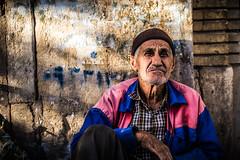 Old man, Shiraz bazaar, Iran 2018 (PaxaMik) Tags: iran shiraz chiraz travel travelinginiran portrait ethnique ethnic bazaar bazar wrinkles worldportraits worker