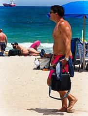 Man walking barefoot (LarryJay99 ) Tags: 2018 beach streets people ftlauderdale ocean atlanticocean men male man guy guys dude dudes manly virile studly stud masculine sexyman bulge bulges bulging bellybutton malebelly cutebelly profile barfuss barefuss shirtless noshirt skins barefoot barefeet feet toes unshod bare