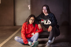 @keenza_zhn / @jnfr.trtn (Yannick.Messaoudi Photographie) Tags: hoodies nikewomen filausa waist bag lacoste jeans levis sneakers nike