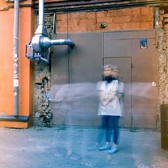 PHSQUAT2879020 (newmandrew_online) Tags: пленка слайд filmisnotdead film filmphotografy fujichrome film120 filmcommunity ishootfilm 120mm minsk belarus 6x6 fuji mamiya mamiyac220