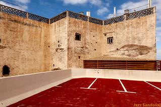 Suelo rojo. Arrecife, Lanzarote, enero 2013.