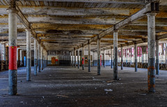 (jtr27) Tags: dscf8634l jtr27 fuji fujifilm fujinon xe2s xe2 xtrans xf 1855mm f284 rlmois lm ois kitlens kitzoom woolen mill interior maine newengland abandoned derelect building
