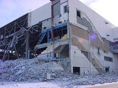 Demolition of the Winnipeg Arena (vintage.winnipeg) Tags: manitoba canada vintage history historic winnipeg demolition