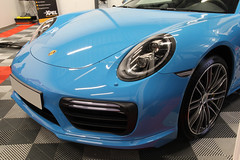 Porsche 991 Turbo S mk2 Bleu Miami - Film de protection Xpel Ultimate et traitement céramique (Detailing Studio) Tags: detailing studio lyon porsche 991 turbo s mk2 bleu miami film protection xpel ultimate cire céramique nanotechnologie lavage décontamination polissage