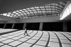 (cherco) Tags: woman walk window alone arquitectura architecture aloner arch arco lonely light luz loner lines line solitary solitario silhouette silueta shadow sombra street solo shadows sombras sofia bulgaria blackandwhite blancoynegro monochrome cristal crystal museum museo composition composicion canon city urban sunny canoneos5diii chica ciudad c