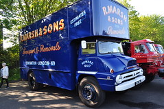 1960 Ford Thames Trader Pantechnicon 28COG Daniel Lynch (Richard.Crockett 64) Tags: ford thames trader pantechnicon truck lorry commercialvehicle 28cog hcvs historiccommercialvehiclesociety londontobrighton crystalpalace londonboroughofbromley 2018 daniellynch