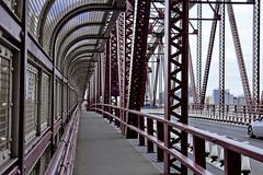 r_180521138_beat0042_a (Mitch Waxman) Tags: eastrivershoreline rooseveltisland rooseveltislandbridge newyork