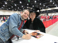 Me and Elijah (KiwiHugger) Tags: comicexpo2018 elijahwood lordoftherings