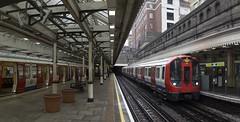 High Street Kensington (Hans Westerink) Tags: londen england verenigdkoninkrijk gb circle district subway london hanswesterink panorama