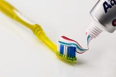 Zahnpflege will gelernt sein - der richtige Zahnarzt ist wichtig (gesundheitsmagazin) Tags: angst arbeit arsen bakterien behandlung beratung bildung eltern entzündung entzündungen erkrankungen fleisch fleischentzündungen gesund gesundheit hygiene jugendliche karies kind kinder kindesalter kopf krank krankheit krankheiten leistung leistungen licht menschen möglichkeiten mund mundhygiene mundspülung natürlich patienten pflege probleme spülung tb test versicherung wechsel zahn zahnarzt zähne zähneputzen zahnfleisch zahnpflege zahnzwischenräume zusatzversicherungen
