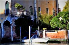 pour l'apéro, nous irons sur la terrasse... (Save planet Earth !) Tags: italie venise venezia amcc nikon travel voyage
