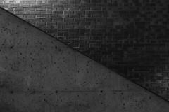 Montréal's Metro Station 58/68 - D'Iberville - Ligne Bleue (VdlMrc) Tags: montréal metro subway architecture minimaliste minimalism monochrome blackandwhite noiretblanc géométrie geometry québec canada station stm