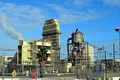 DSC_5715-61 (jjldickinson) Tags: nikond3300 103d3300 nikon1855mmf3556gvriiafsdxnikkor promaster52mmdigitalhdprotectionfilter freeway terminalislandfreeway ca47 ca103 losangeles wilmington oil petroleum petrochemicals fossilfuels refinery