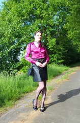 Pink in public (Rikky_Satin) Tags: silk satin blouse leather pencil skirt belt pumps pantyhose crossdresser transgender tgirl tgurl gurl transvetite