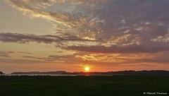 Sonnenuntergang, Abendrot (MarTou72) Tags: marceltourmo sonydscrx100m5 himmel sonne sonnenuntergang bodden rügen thiessow ostsee wolken abendrot