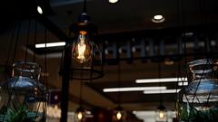 Tischbeleuchtung in der Gastronomie (dl1ydn) Tags: dl1ydn licht lamp glühlampe gastronomie beleuchtung