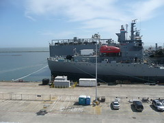 "USNS Petersburg 17 • <a style=""font-size:0.8em;"" href=""http://www.flickr.com/photos/81723459@N04/26973712087/"" target=""_blank"">View on Flickr</a>"