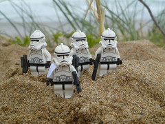 """May the 4th Be With You"": - Clones in the sand dunes. (Working hard for high quality.) Tags: sand lego star wars clone troopers republic officer may the 4th beach dunes"