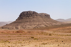 2018-3989 (storvandre) Tags: morocco marocco africa trip storvandre marrakech marrakesh valley landscape nature pass mountains atlas atlante berber ouarzazate desert kasbah ksar adobe pisé