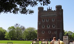 [NT] Tattershall Castle_ Lincolnshire. May 2018 (Simon W. Photography) Tags: nationaltrust nationaltrustuk ntmidlands tattershallcastle tattershall lincolnshire gradeilistedbuilding gradei listedbuilding medievalcastle castle unitedkingdom uk england english greatbritain gb britain british eastmidlands englishheritage heritage nationalheritage history historic historicengland thenationalheritagelistforengland gradeilisted grade1listed may may2018 spring spring2018 simonhx100v sonydschx100v sonyhx100v hx100v