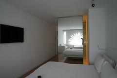 2018-04-FL-183559 (acme london) Tags: barcelona fira hotel hotelroomcorridor interior jeannouvel mirrordoor renaissancehotelfira room spain