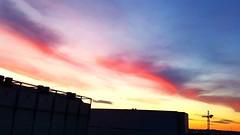 Ein flüchtiger Moment nur - Abendhimmel (eagle1effi) Tags: s7 sky himmel abend sunset filderstadt filderado region stuttgart red colorful vivid hohe dynamik ein flüchtiger moment nur abendhimmel herma logisitk rollenlager hörmann bonlanden regionstuttgart