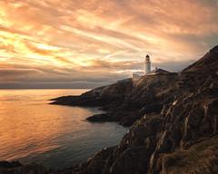 Douglas Head Lighthouse (Steve Meadows Photography) Tags: douglas douglasheadlighthouse mann isleofman visitisleofman dawn sunrise reflection rocks lighthouse