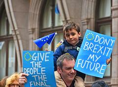 Poke in the eye (davidsharp159) Tags: leeds brexit march 2018 street streetscene streetpeople streetphotography streetshot streetscenes protest people antibrexit