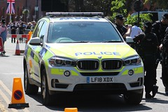 LF18 XDX (JKEmergencyPics) Tags: bmw x5 4x4 demonstrator police vehicle armed response vehicles arv unit specialist firearms officer approved afo sfo royal wedding 2018 windsor berkshire thames valley harry meghan lf18 xdx lf18xdx