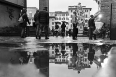 Florence 2016 (Alessandro Prolo) Tags: fineart art firenze water holiday europa italy sigma35art canon6d street bnw florence streetphotography reflection blackandwhite