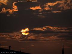 starcover (seidchr) Tags: backlit dark dawn dramatic dusk evening fair weather landscape light moon no person outdoors silhouette sky storm sun sunset travel water fairweather noperson hamburg deutschland
