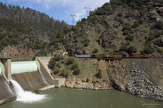 BNSF at Rock Creek Dam