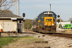 CSX 1502 @ Mitchell, IN (Michael Polk) Tags: csxt gp15t emd gp40wh2 geomoetry inspection train passenger car monon signals baltimore ohio color position light depot indiana subdivision