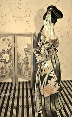 Japanese girl (saratiz) Tags: kimono yukata katana barbie tatami tsumamikanzashi ooak maiko oldpicture