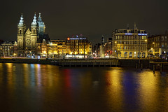 Amsterdam center (stephan_de_bruyn) Tags: longexposure colors travelphotography travel amsterdambynight amsterdamatnight photography night netherlands amsterdam sony alpha a7riii