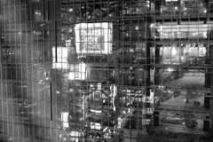 L1060518 (Zengame) Tags: leica leicasl leicasltyp601 sl summilux summiluxsl50mmf14asph hikarie japan night shibuya tokyo typ601 ズミルックス ズミルックスsl ヒカリエ ライカ 夜 日本 東京 渋谷 渋谷区 東京都 jp