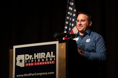 Steven Slugocki (Gage Skidmore) Tags: steven slugocki hiral tipirneni gabrielle giffords gabby congresswoman mark kelly campaign rally congress sun city grand arizona