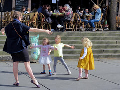 Dance lessons for three children (pivapao's citylife flavors) Tags: paris france people beaubourg children