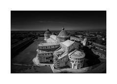 Duomo desde la Torre... (Pisa) (protsalke) Tags: panorama panoramic blackandwhite pisa italy monochrome sky lights shadows constrast tower architecture nikon duomo luces sombras arquitectura cielo