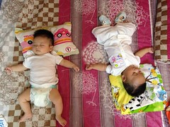 0066 (ruoi_men) Tags: cousin family love funny childhood children ak ankhanh benho brothers