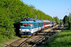 ČD 854 205-2 + 854 008-0, posílený Sp 1958, Potštejn (Rostam Novák) Tags: katr sp 1958 potštejn train zug vlak 854 854008 854205