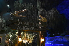 Caution Aligator Pit (Adventurer Dustin Holmes) Tags: 2018 wondersofwildlife aligatorpit sign signs swamp bayou caution warningsigns alligatorpit alligatorskulls springfieldmo springfieldmissouri ozarks greenecounty missouri