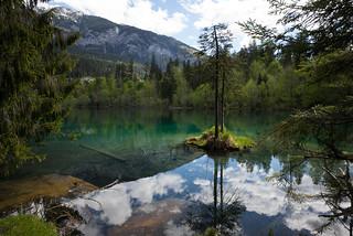 the beauty of lake cresta
