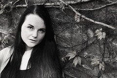Black&White (Patrick Scheuch Photography) Tags: model modeling female weiblich woman frau beauty bokeh bnw bw sw monochrome modelkartei nb face gesicht jung young girl hübsch fotoshooting fotoshoot photoshooting photoshoot photosession portrait porträt ulm augsburg