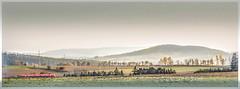 in der Heimat II (ernst.koeppel) Tags: fichtelgebirge landschaft landscape bahn zug triebwagen nebel foggy dunst diesig mittelgebirge hills hügel berge