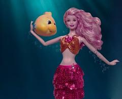 MerMay 2018 Day 9: Love (toobila) Tags: thelittlemermaid toyphotography dollphotography mermaid mermay sequins magenta flounder underthesea barbiefairytopiadoll fairytopia mattel barbiedoll barbie