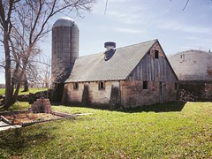 Another Old Barn (arrjryqp6) Tags: farming ruralliving agriculture countrylife country rural barn