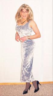 ice cooled silver velvet dress