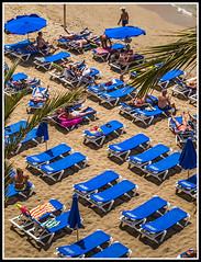 Paseando por benidorm (edomingo) Tags: edomingo olympusepl1 mzuiko4518 benidorm alicante costablanca gentes fotocallejera streetphoto