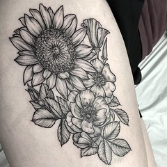 Flowers for @allie_erickson8 ! . .. ... . .. #eyeofjadetattoo #eyeofjade #jeremygolden #jeremy_golden #jeremygoldentattoo #blackwork #blackworkerssubmission #darkartists #blacktattoomag #blxckink #blacktattooart #btattooing #onlyblackart #blacktattoo #bla
